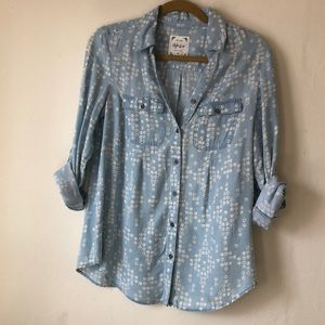Chambray button-down short or long sleeve shirt